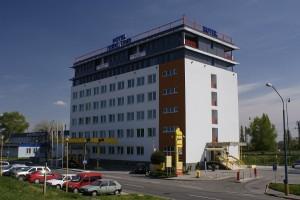 JURKI Dom Hotel