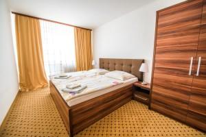 Ján Brecko - Hotel MERKÚR