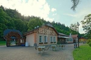 Dunajec Village